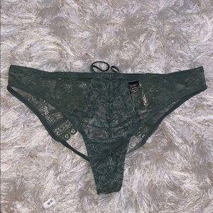 Victoria's Secret Intimates & Sleepwear - NWT vs cheekini S,M and L